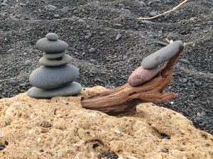 The largest of these pebbles was maybe two inches (5cm) across.